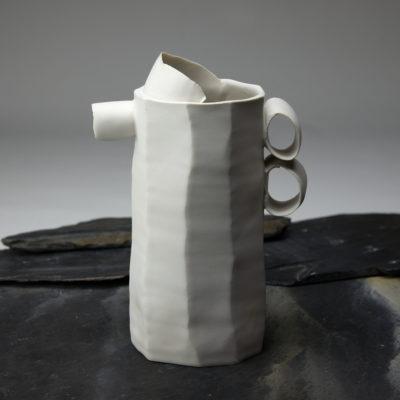 Pichet Ho en porcelaine émaillée