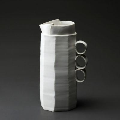 Carafe en céramique, porcelaine émaillée blanc
