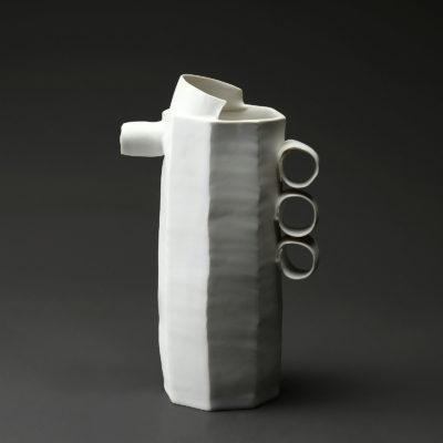 Pichet en céramique, porcelaine émaillée blanc